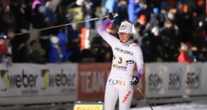 Katri Lylynperä tuulettaa viestivoittoa Vantaan Suomen Cupissä 2019